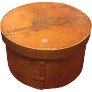 Wooden Small Shaker Box Picture on Lid