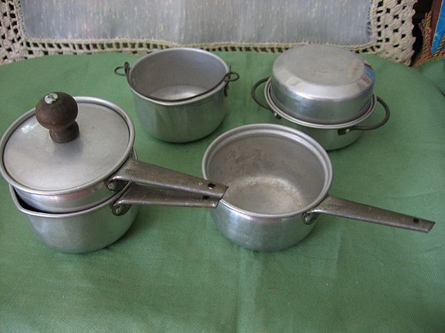 Aluminum Toy Kitchenware Double Boiler Roaster with Lid & More