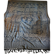 Lovely Vintage Blue and White Damask Type Bedspread