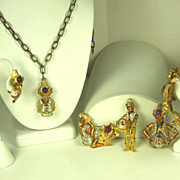SALE 1950s Vintage Har Six Piece Genie Full Parure