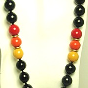 Hattie Carnegie Plastic Chunky Bead Necklace