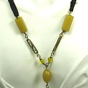 SALE Olive Plastic and Gold Tone Gilt Filigree Necklace
