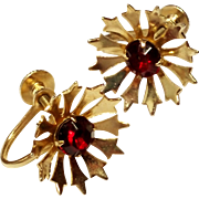 Vintage Gold tone Red Rhinestone Star Burst Earrings Screw back Style