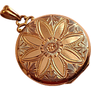 12K Gold Filled Hayward picture locket pendant with Repousse Flower