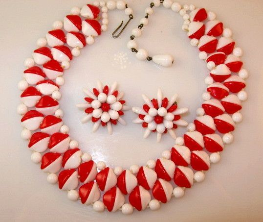Retro West Germany Red White Glass Necklace Earring Set