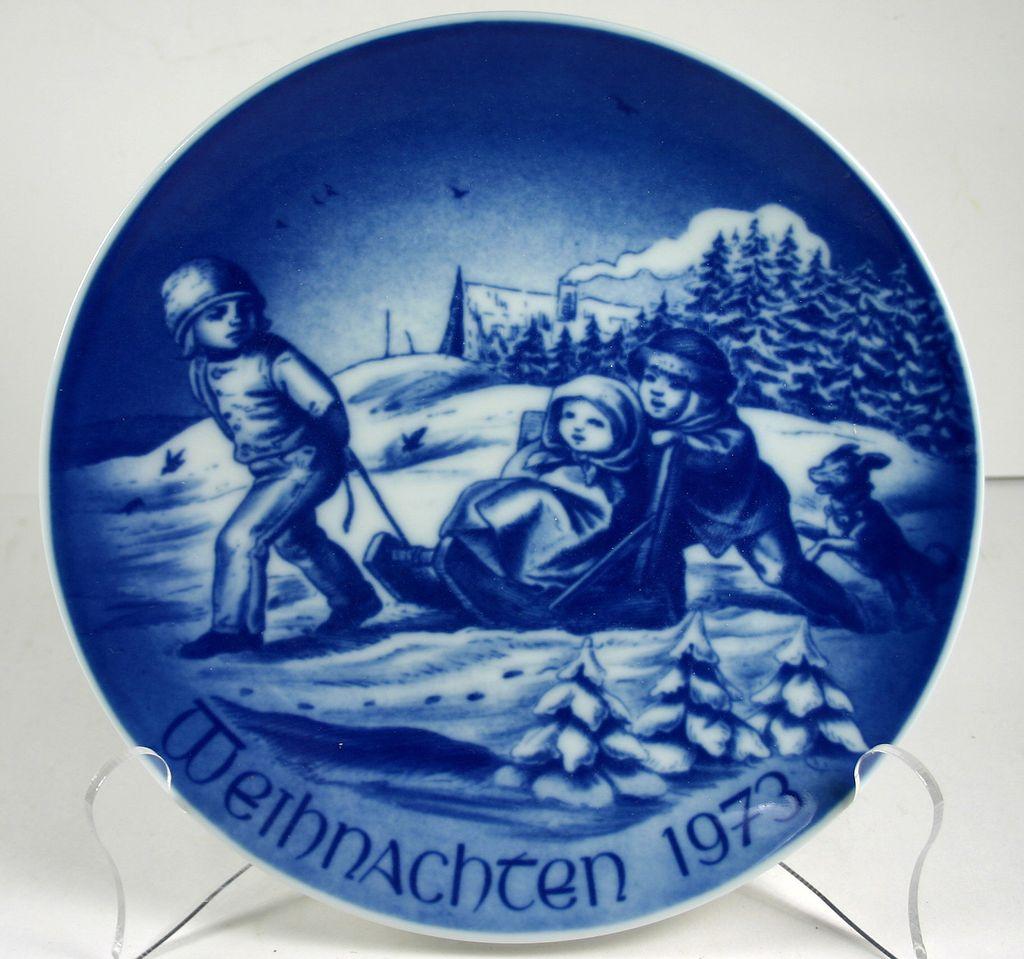 Bareuther Porcelain Christmas Plate 1973 from julietjonesvintage on ...