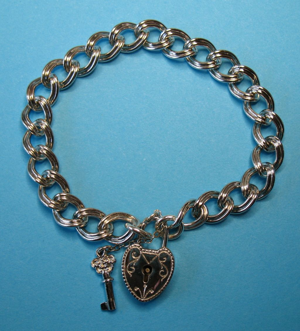 Vintage  c1940's Silver Scrolled Heart Charm Padlock - Bracelet - Set