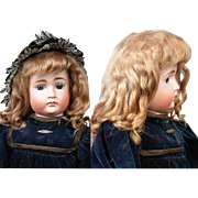 """SOLD Fabulous Antique Blonde Mohair Curly Wig w/Subtle Strawberry Undertones for a 13"""" He"""