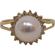 18 K Yellow Gold, Cultured Pearl, and Diamond Ring