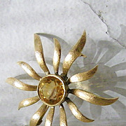 SALE 14K Gold Classic Citrine Sunburst Brooch 6 carat round gemstone