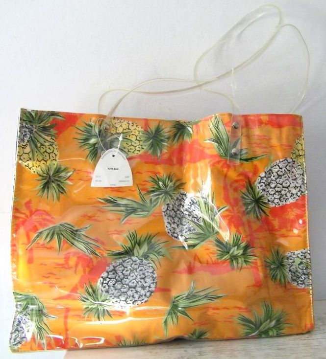 Hawaiian  Sand and Sun Pineapple Cotton & Vinyl Tote New & Mint!