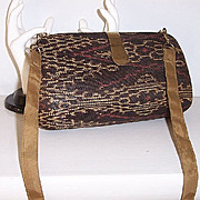 SALE Vintage clamshell Shoulder Bag Convertible to Clutch
