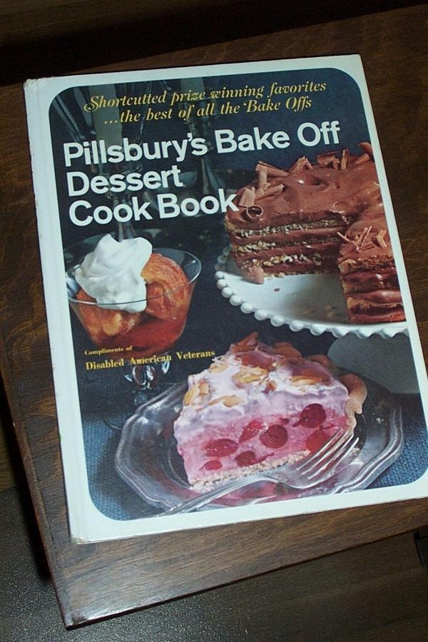 "Vintage ""Pillsbury's Bake Off"" Cook Book"