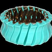 SALE 1950/60s Robin's Egg Blue Thermoset Plastic Stretch Bracelet
