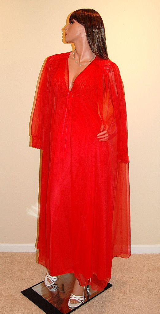 1970s Barbizon Lipstick Red Chiffon Amp Lace Nightgown