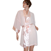 SALE 1980s Victoria's Secret ~ Sheer Pink Pleated Robe