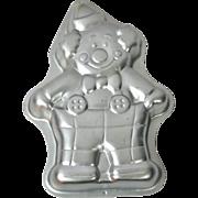 SALE 1993 Wilton ~ Cute Clown Aluminum Cake Pan