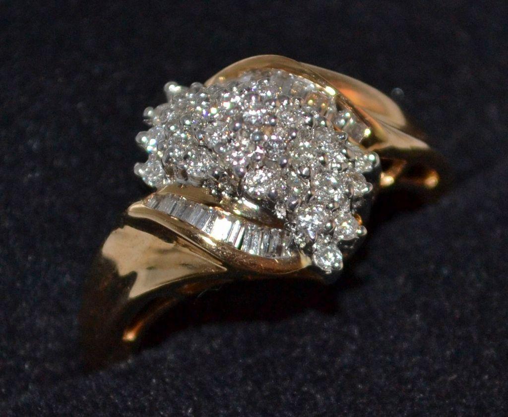 14K 0.9 ct Baguette & Round Waterfall Diamond Ring