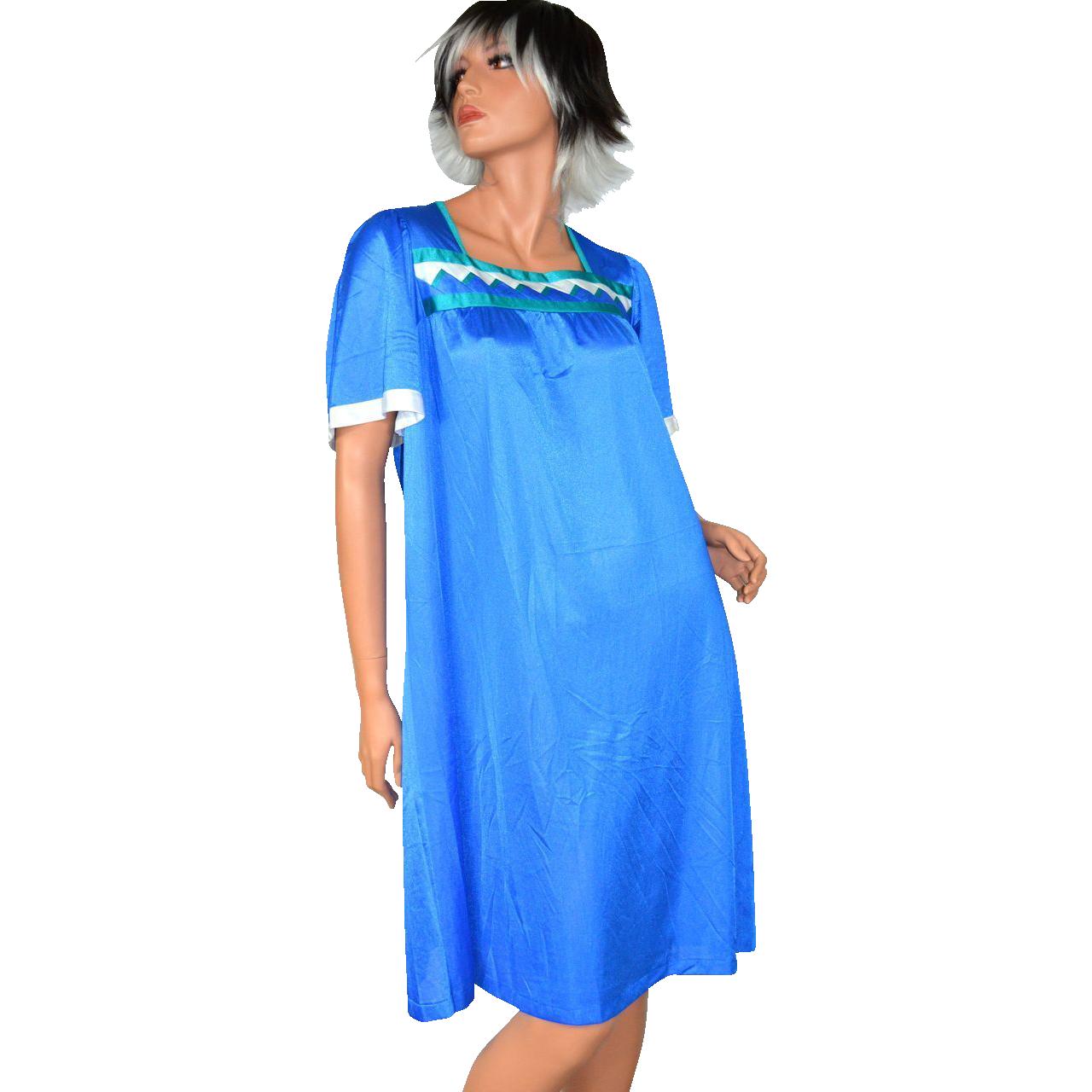 1960s Henson Kickernick ~ Sawtooth Pattern Cobalt Blue Nylon Nightgown