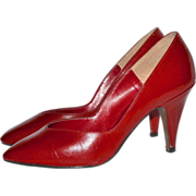 SALE 1960s Donaire ~ Red Kidskin Leather Heels