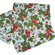 SALE Set of 5 Red Strawberry Patch Fabric Dinner Napkins