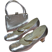 SALE 1960s Fascinators Silver Lame Rhinestone Buckle Mary Jane Shoes & Matching Purse ~ Size 7