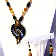 Copper Glass Pearls Glass Lampwork Leaf Pendant Gold Plated Necklace Set