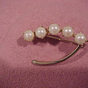 """""""Lucky"""" Wishbone Brooch With Cultured Pearls, 14KG"""