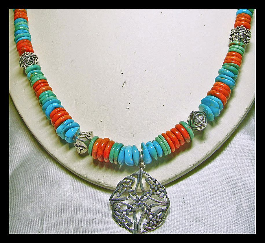 South Western Turquoise and Sponge Coral Bead Necklace