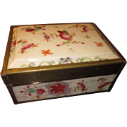 c. 1900 Chinese Famille Rose Porcelain Box