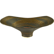 Dame Lucie Rie (Austria & England 1902-1995) Rare Cut-Sided Golden Bronze Glazed Footed Bowl