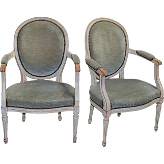 19th Century Pair of French Louis XVI Fateuil