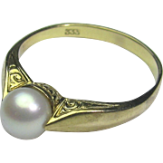 Vintage Late Art Deco 8CT Gold German Pearl Solitaire Ring