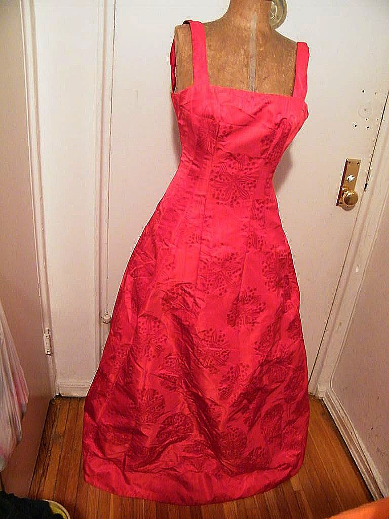 Designer...SHAWN RAY FONS..LIPSTICK Red Silk Damask Long Gown..Silk Lined..Sample Dress
