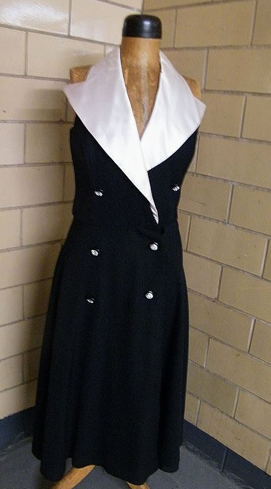 Black Tuxedo Halter Dress .. En Francais..By Huey Waltzer..Size 12..UK 14..Germany 40