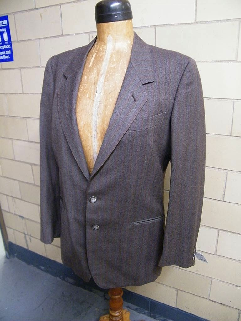 Vintage G GUCCI 2 Piece Suit..Brown / White Twill..Made In Italy..Size 42..Excellent Condition