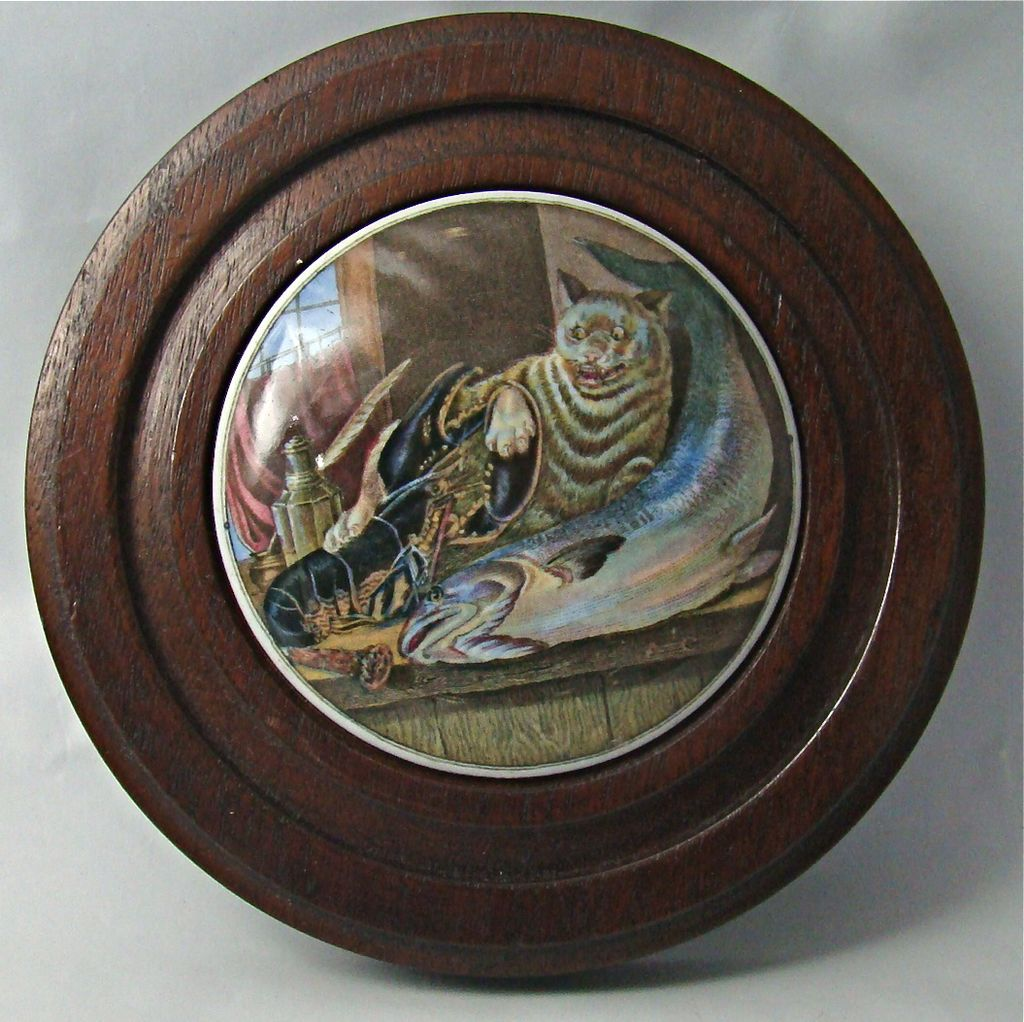 "English Prattware Lid with Cat, Lobster and Fish Motif, ""Lobster Sauce"" – Circa: 1840's"