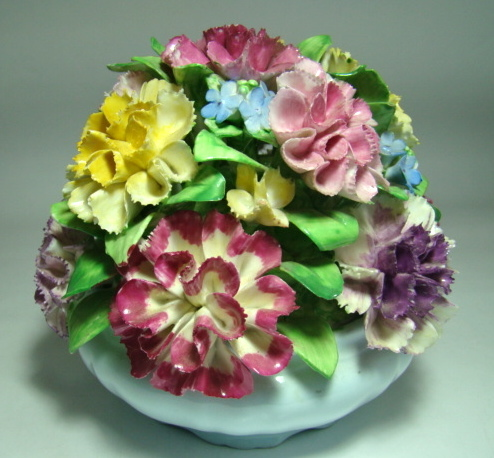 Coalport Floral Basket – Carnation and Forget-Me-Not Flowers