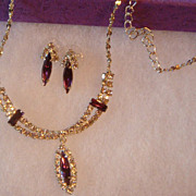SALE Perfect for Prom or Wedding Silvertone Necklace & Earrings With Clear Rhinestones and Pur