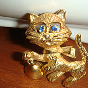 Big Blue Eyed Kitty Cat Ringing Bell Mechanical Figural Pin/Brooch Signed