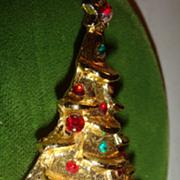 Signed Dimensional Christmas Tree Pin/Brooch Rhinestone Ornaments