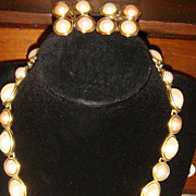 TRIFARI Pearly White & Peachy Pink Cabochons Necklace & Earrings Set 1970-80's