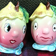 PY Vegetable Farmer Salt & Pepper Set