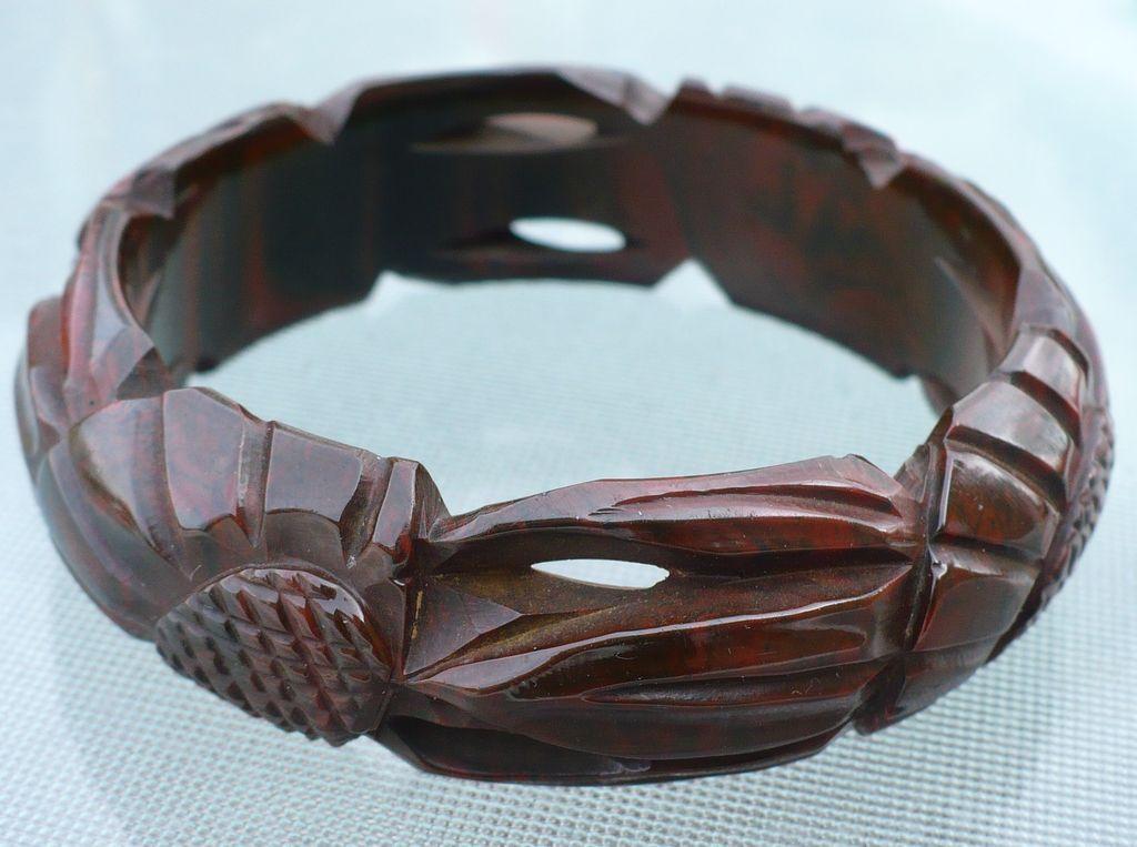 Vintage Bakelite Carved Cut Out Bracelet