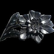 Bakelite Dimensional Flower Pin