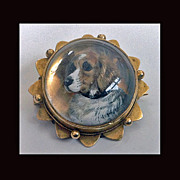 Dog Brooch Reverse Intaglio Crystal England C.1880