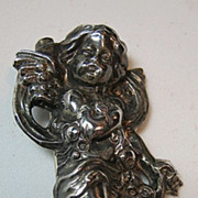 SALE Vintage Sterling Silver 925 Repousse Cherub/Cupid/Putti Vintage Pin/Brooch