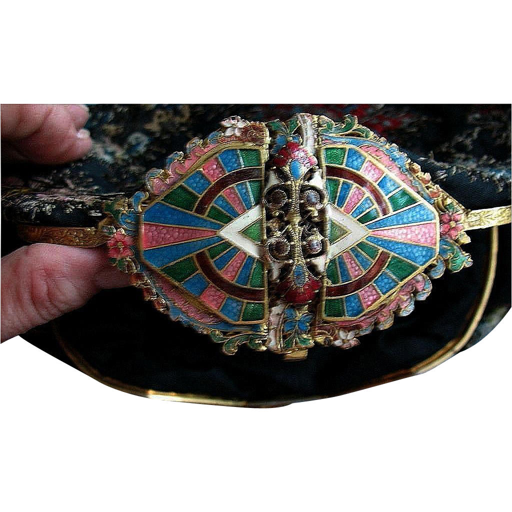 Exceptional Deco Evening Clutch with Amazing Enameled Clasp -  early 20th Century