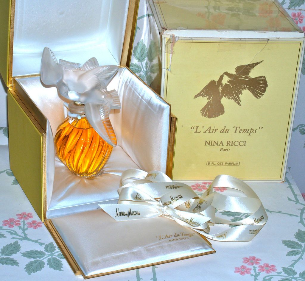"""LALIQUE FOR NINA RICCI - RARE 8""""  Perfume - L'Air du Temps 8oz Perfume - Unopened with Neiman Marcus Gift Ribbon (Not a Factice)"""