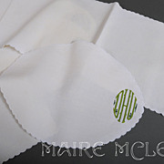 10 pc Monogram White Linen Mats & Runner * DHU